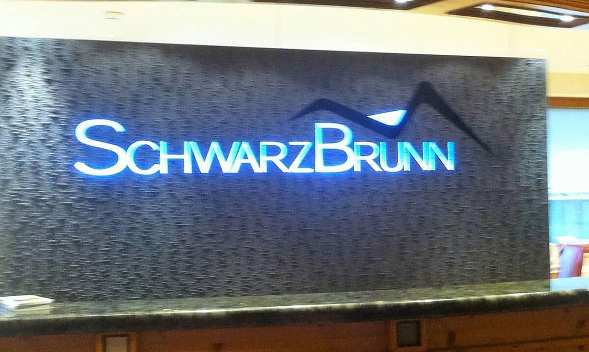 Wellness und Erholung im Hotel Schwarzbrunn 4**** SUP. in Stans