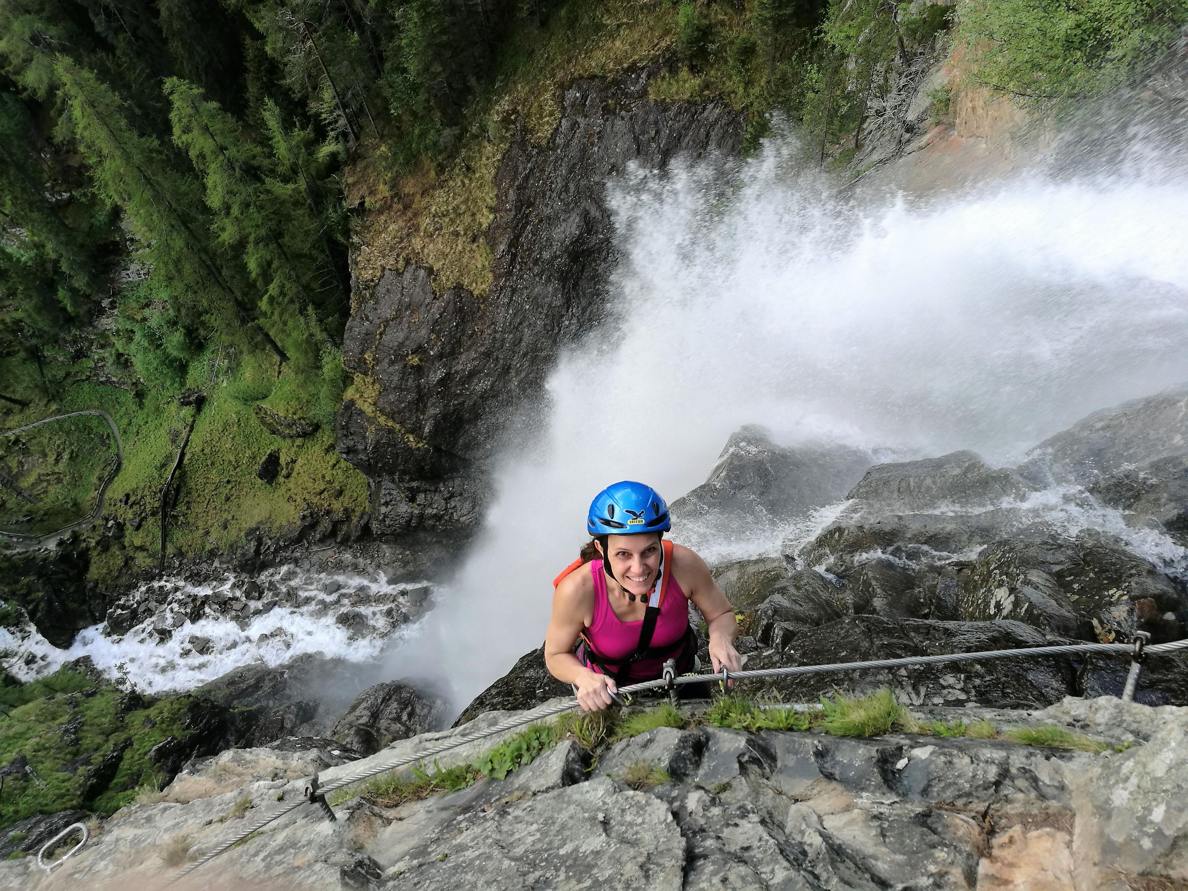 Klettersteig Lehner Wasserfall : Der spektakuläre lehner wasserfall klettersteig moosbrugger climbing