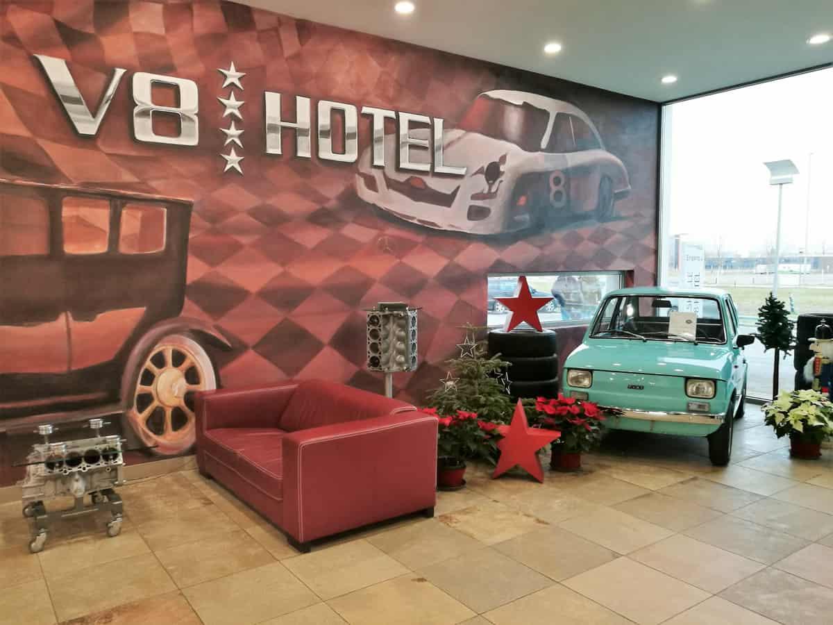 Eingecheckt im V8 Hotel in Böblingen bei Stuttgart - Moosbrugger Climbing